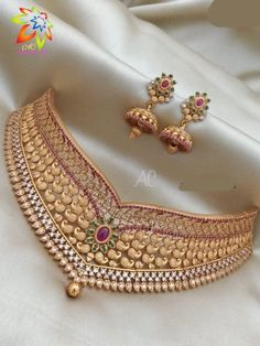 Jewelry design necklace Gold necklace designs Choker necklace designs Gold jewelry necklace Gold jewellery design Necklace designs - Aashkaanya is an Online Traditional Indian Imitation Jewelry B - Silver Jewellery Indian, Indian Wedding Jewelry, Gold Jewellery Design, Gold Jewelry, Handmade Jewellery, Gold Necklace, Earrings Handmade, Choker Jewelry, Pendant Necklace