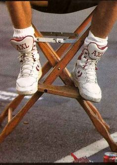 Long before hip-hop artists had their own shoe deal, Axl Rose had his own custom Converse ERX High-Top tennis shoe complete with his name AXL monogrammed on the tongue of the sneaker. Axl Rose, Guns N Roses, Rock N Roll, Converse Weapon, Rock Poster, Photos Originales, Custom Converse, Converse Shoes, Estilo Rock