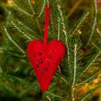 Julepynt, håndarbejde, lav fine filtede julehjerter