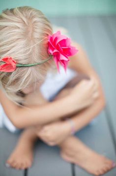 A simple flower crown. Perhaps include one in all the the favor bags for a Fairy themed birthday party.
