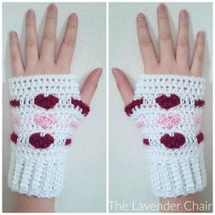 These Love Me Tender Fingerless Gloves are another addition to my Valentine's Love Me Tender collection! Get the FREE crochet pattern HERE! #CrochetValentines