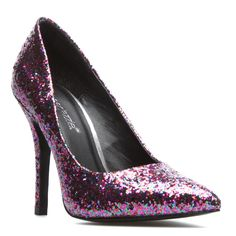 Kiana Glitter Pumps Every girl should own a pair of sparkly pumps Fancy Shoes, Crazy Shoes, Cute Shoes, Me Too Shoes, Sparkly Pumps, Glitter Pumps, Shoe Dazzle, Pointed Toe Pumps, Beautiful Shoes
