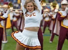 Cheerleader usc football