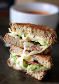 Turkey Bacon, Avocado, & Mozzarella Grilled Cheese + Artisan Tomato Soup | ambitiouskitchen.com