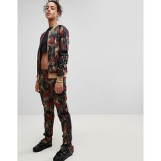 adidas Originals X Pharrell Williams Hu Camo Track Pants ($85) ❤ liked on Polyvore featuring activewear, activewear pants, multi, slim track pants, slim fit sweatpants, camouflage sweatpants, jersey sweatpants and camo sweat pants