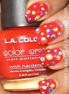 http://doityourselflady.blogspot.com/2012/01/inspired-retro-polka-dots.html