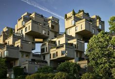 Perched on the manmade peninsula Cité du Havre, Habitat 67 is a unique apartment building set along the St. Lawrence River. This 12-storey architectural monument is a visual delight to not only its residents but also visitors to the area.