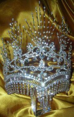 Egyptian Nefertiti Queen Rhinestone SILVER Crown