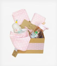 Welcome to the world my princess! Welcome gift box! Welcome Gifts, Pink Stars, My Princess, Lovers, Box, Snare Drum, Welcome Back Gifts