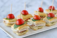 50 Afternoon Tea Recipes - from finger sandwiches, and savoury tarts, to scones, and more! All the recipes you will need to host an afternoon tea party! Toothpick Appetizers, Appetizer Recipes, Mini Sandwiches, Finger Sandwiches, Turkey Sandwiches, Tea Recipes, Holiday Recipes, Cooking Recipes, Food Cakes