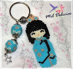 Beaded Kokeshi keychain by Tupilandia