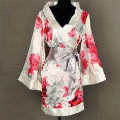 046320781e Shanghai Tone® Kimono Robe Yukata Nightie Sleepwear Floral-White One Size  Buy Now Shanghai Tone® is an emerging growth designer brand for oriental  apparel