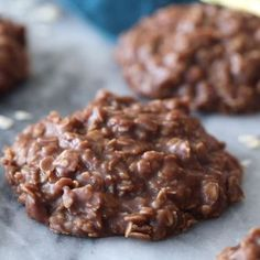 These NO BAKE COOKIES are a classic, and this recipe is even better made with BR. - No bake cookies - Chocolate No Bake Desserts, Easy Desserts, Delicious Desserts, Dessert Recipes, Yummy Food, Healthy Food, Drink Recipes, Chocolate No Bake Cookies, Chocolate Peanut Butter