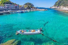 こんなに美しい海が日本にあったとは……!死ぬまでに1度行ってみたい透明度がここに。 Water, Outdoor, Gripe Water, Outdoors, Outdoor Games, The Great Outdoors