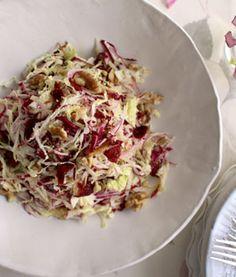 coconut milk sub for yogurt // Detox Apple and Cabbage Salad - Shape Magazine Clean Eating Recipes, Raw Food Recipes, Veggie Recipes, Salad Recipes, Healthy Eating, Cooking Recipes, Healthy Recipes, Quiches, Cabbage Salad