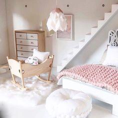 Hier vind je de meest mooie, hippe en modernste poppenhuis inspiratie voor jouw DIY project. Modern Dollhouse | Miniature | Project Poppenhuis - Mini-tipi..