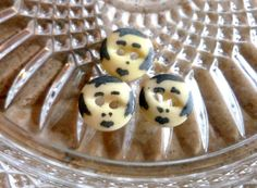 Antique Vintage Chine boutons avec Hand Painted Faces - 1840 à 1930 - 3 lot…