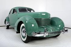 Hemmings Find of the Day - 1936 Cord 810 Westchester Auburn Car, Cord Car, Automobile Companies, Antique Cars, Vintage Cars, Transportation, Classic Cars, Engineering, Truck
