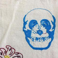 Del amor al odio ✂️ #estudiogimenaromero #doctorlakra #embroidery #bordado #broderie