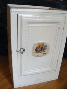 Awesome Vintage Tin Pie Safe / Bread Box