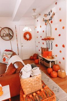 Fall Bedroom Decor, Decor Room, Fall Home Decor, Autumn Home, Living Room Decor, Fall Apartment Decor, Halloween Entryway, Halloween Room Decor, Diy Halloween