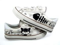 The new Velcro shoes, canvas shoes, cats and fish