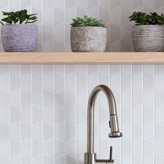 The latest from our feed — lovely tonal variation on this white glaze. Heath Ceramics Tile, Heath Tile, Cambridge House, Tile Layout, House Tiles, Style Tile, House Layouts, Kitchen Backsplash, Home Projects