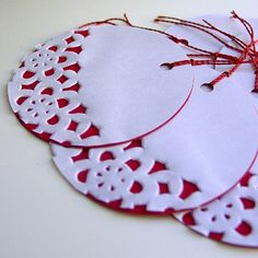 Paper Christmas Ornaments With Cake Doilies Cake Christmas Doilies Ornaments Happy New Year Christmas Activities, Christmas Crafts For Kids, Homemade Christmas, Christmas Projects, Holiday Crafts, Christmas Holidays, Paper Christmas Ornaments, Christmas Gift Tags, Christmas Decorations