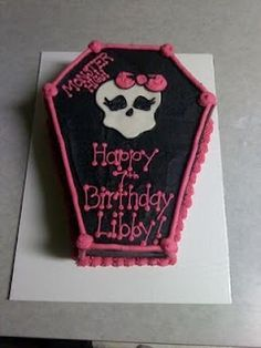Monster High cake black and pink gothic skull cake