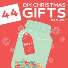 44 Creative DIY Christmas Gifts in a Jar- OMG, I love this! So many creative gifts in a jar.