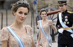 La princesa Letizia en la boda de Victoria y Daniel de Suecia #royals #royalty #princess #spain