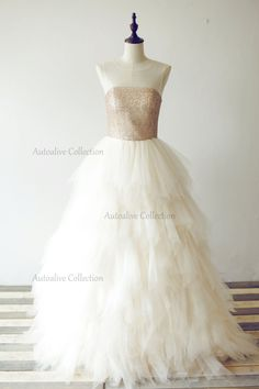 Sheer Neckline Champagne Gold Sequin Tulle Ball Gown Wedding Dress/Bridesmaid Dress/Prom Dress