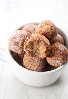 Decadent Peppermint Chocolate No-Bake Bites (Paleo + Vegan)