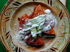 Nopalitos en Salsa de Chile Ancho(Cactus in Salsa) - La Piña en la Cocina Mexican Bread Pudding, Taco Meal, Vegan Tacos, Mexican Food Recipes, Ethnic Recipes, Best Meat, Quesadilla Recipes, Potato Cakes, Red Sauce