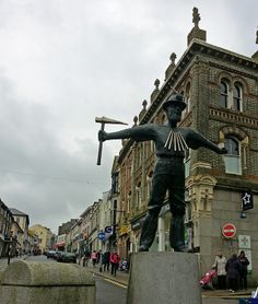 The bronze statue of a Cornish miner by David Annand. Redruth Cornwall