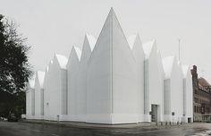 La filarmónica de Szczecin (Polonia), obra del #estudioDeArquitectura español Barozzi/Veiga gana el premio bianual de Arquitectura Contemporánea de la Unión Europea-Mies van der Rohe. Buen trabajo.