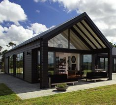 55 Awesome Home Exterior Design Ideas. You can fix your home exterior design even if you do not have much money. In this article I am going to talk about the ways to improve your home exterior design. Modern Barn House, Barn House Plans, Modern House Design, Barn Plans, Garage Plans, Metal Building Homes, Building A House, Shed Homes, Cabin Homes