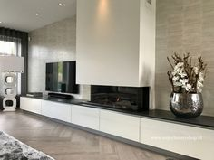 Home - Pronk Vastgoedstyling Modern Fireplace, Living Room With Fireplace, Modern Entertainment Center, Fireplace Surrounds, House Made, Kitchen Living, Sweet Home, New Homes, Interior Design