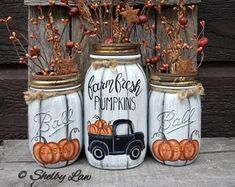 Hand painted Fall & Winter Mason Jar-Thankful-Let it Snow Quart Mason Jars, Fall Mason Jars, Christmas Mason Jars, Mason Jar Crafts, Pickle Jar Crafts, Crafts With Glass Jars, Vintage Mason Jars, Bottle Crafts, Christmas Tree