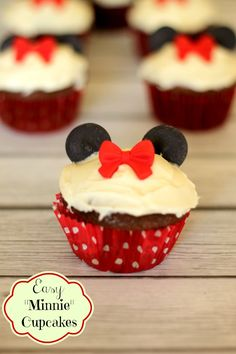 Easy Minnie Mouse Cupcakes using supplies from the baking aisle by Penney Lane Kitchen.