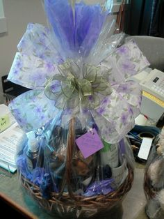 Spa Gift Basket for Mother's Day #diy #tutorial #mothersday #giftidea