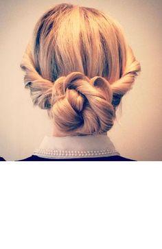 The Boho Twist Updo- wedding hair. The Boho Twist Updo- wedding hair. Party Hairstyles, Wedding Hairstyles, Cool Hairstyles, Twisted Updo, Boho Girl, Good Hair Day, Wedding Updo, Layered Look, Hair Looks