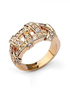 Dazzling Spiral Rhinestone Alloy Ring