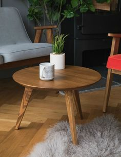 Jozef Chierowski 366 Round Coffee Table at Rose & Grey