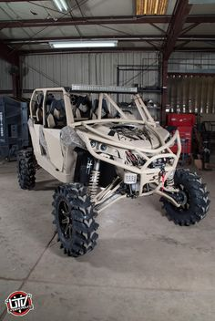 powersports can-am commander matches the Ducati offroad super bike Quad, Can Am Commander, Winch Bumpers, Sand Rail, Sand Toys, Four Wheelers, Buggy, Outdoor Toys, Dirtbikes