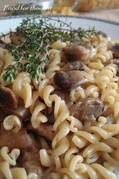 Βίδες με μανιτάρια και θυμάρι Vegan, Ethnic Recipes, Food, Essen, Yemek, Meals