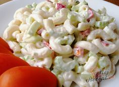 Vynikající oběd za 20 minut z jedné pánve Healthy Salads, Healthy Eating, Healthy Recipes, Pesto Pasta Salad, What To Cook, Vegetable Dishes, Food Hacks, Pasta Recipes, Macaroni And Cheese