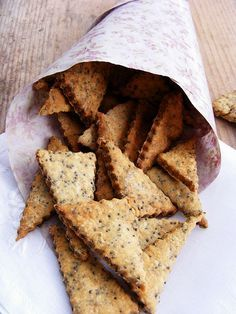 Mákos keksz (sós) Snack Recipes, Dessert Recipes, Cooking Recipes, Salty Snacks, Hungarian Recipes, Biscuit Recipe, Sweet And Salty, My Favorite Food, Food Inspiration