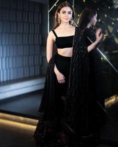 Alia Bhatt Latest Pics From Diwali Celebrations. Actress Alia Bhatt latest stills from Shahrukh Khan Diwali Celebrations Dress Indian Style, Indian Fashion Dresses, Indian Designer Outfits, Asian Fashion, Fashion Clothes, Men Fashion, Designer Dresses, Fashion Ideas, Black Lehenga