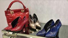 La vera prova di una donna è ciò che essa indossa ai piedi!Scegli Scarpe Albano e scopri la collezione realizzata in morbida pelle pitonata, disponibili in vari colori.